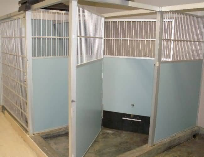 Helen Woodward Animal Center - Corner Kennel Unit